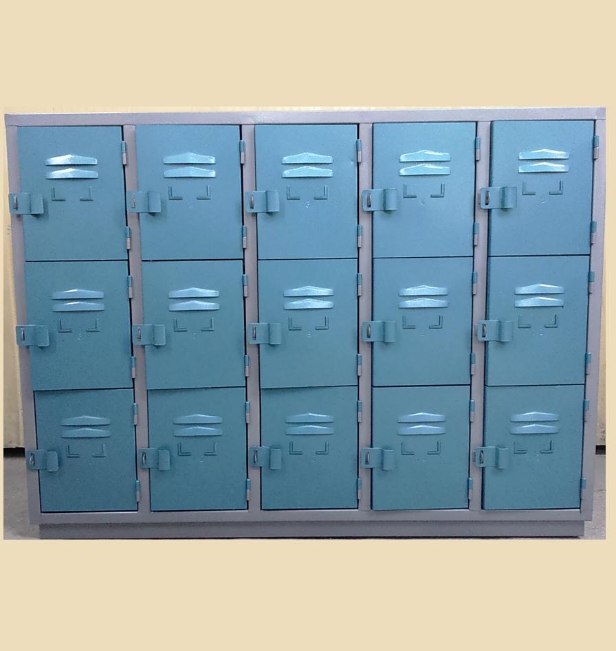 locker-500-3e-con-zocalo