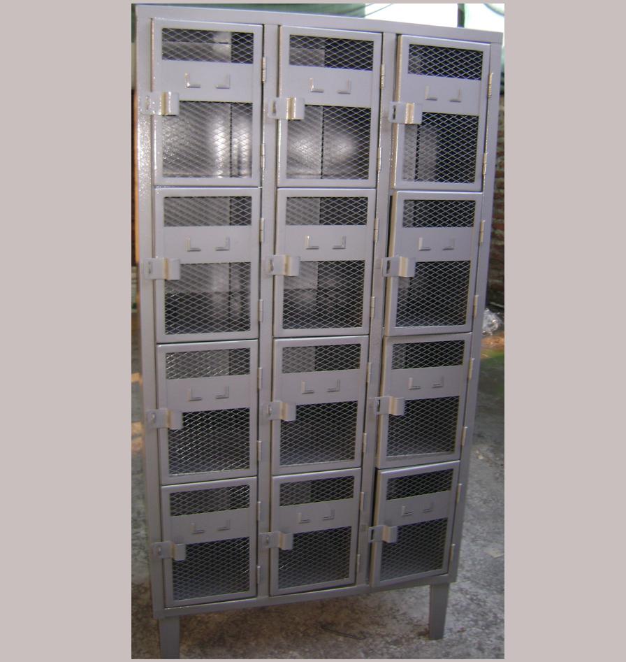 locker-puerta-malla-05